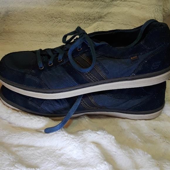 463ce74d85d4 Nwob Skechers Mens trainers size 11